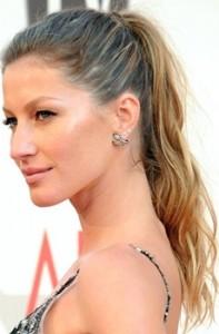 gisele bundchen wavy ponytail hairstyle