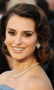 penelope cruz brown curly faux bob hairstyle