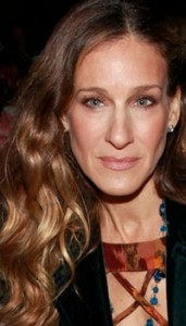 sarah jessica parker honey brown highlighted hairstyle