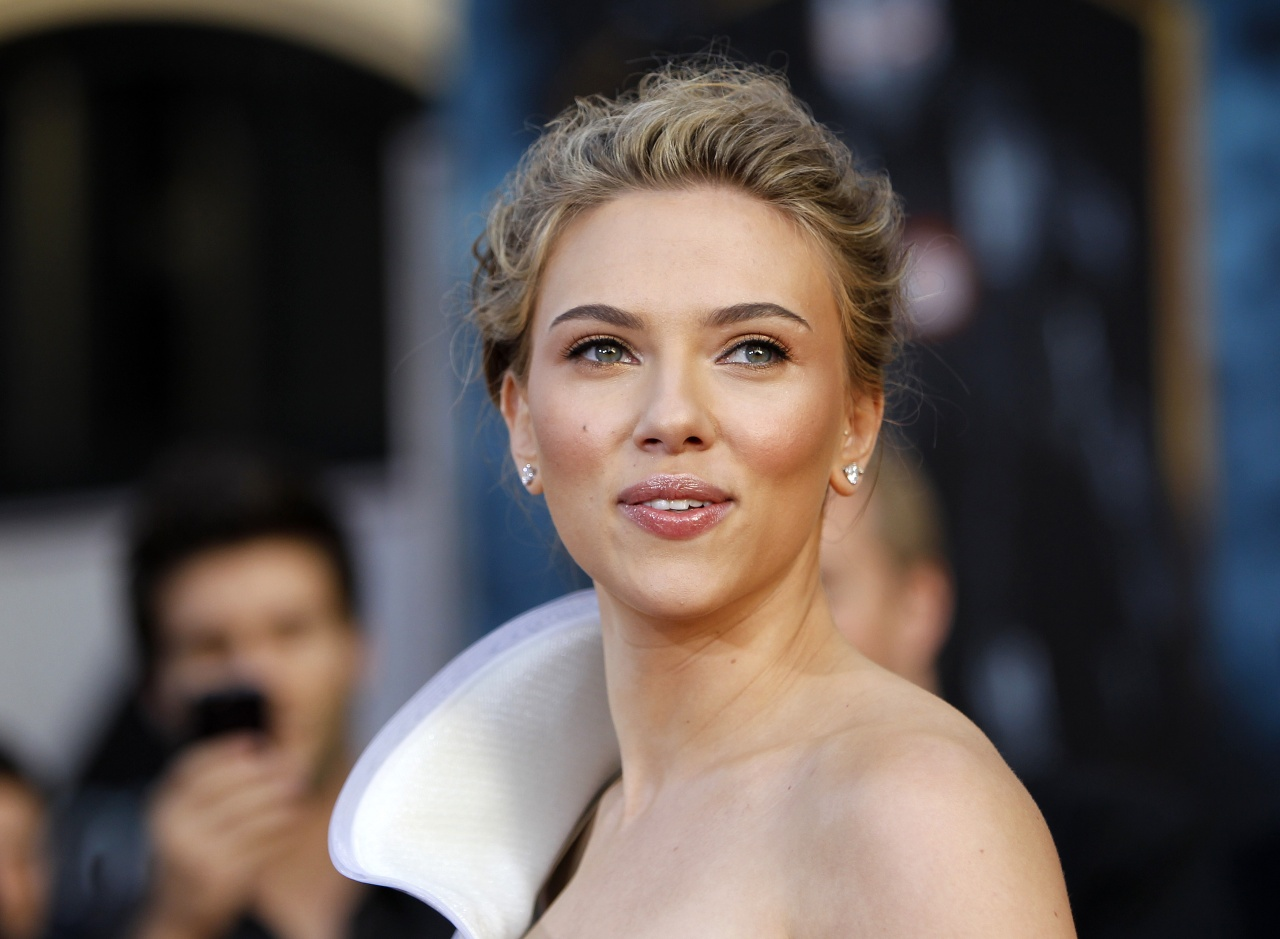 Scarlett Johansson 'Iron Man 2' World Premiere in Los Angeles