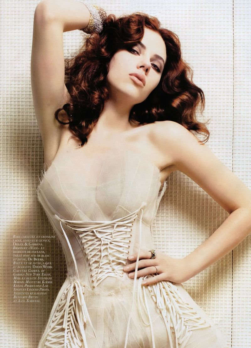 Scarlett johansson splendid look