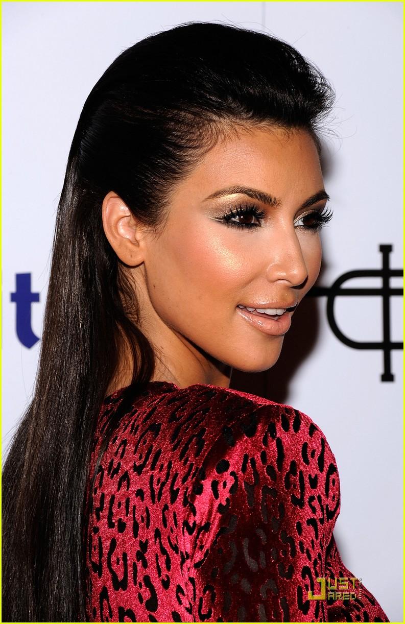 Kim Kardashian Hairstyles 2012 Fashion And Lifestyle Trends For