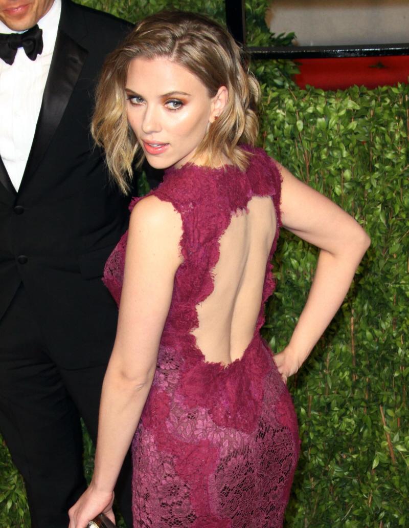 scarlett johansson dress